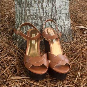 eb0c0eb3b Cynthia Vincent tan wedge sandals